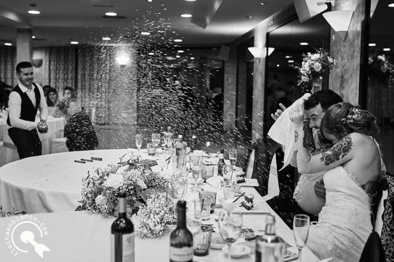 wedding photographer in