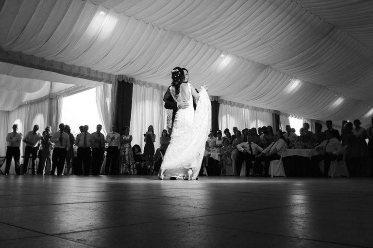 wedding photographer in Navia